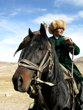 Kyrgyz Eagle Hunter, Bokonbaevo, 2008