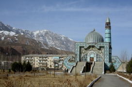 Mosque in Naryn, 2008